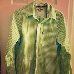 MEN'S ABERCROMBIE AND FITCH BUTTON DOWN SHIRT